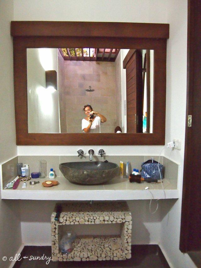 Gili Yoga Bathroom
